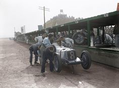 Racing Riley at Brooklands - Stilltime Collection Prints - Easyart.com