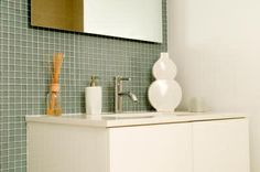 How to Remove Scratches From Bathroom Vanities