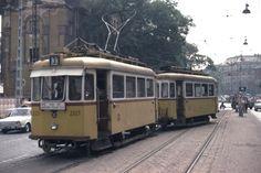 Ilyen is volt Budapest - évek közepe táján, a Váci út eleje Commercial Vehicle, Public Transport, Budapest, Train, History, Retro, Street, City, World
