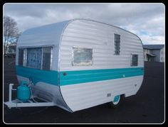 1958 Vintage Lakewood Travel Trailer