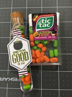 Paper Pumpkin September 2016! 16 treat tubes.