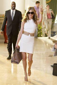 F5 - celebridades - Jennifer Aniston reclama de giga-mansões que estão tomando conta de seu bairro de luxo - 15/07/2015