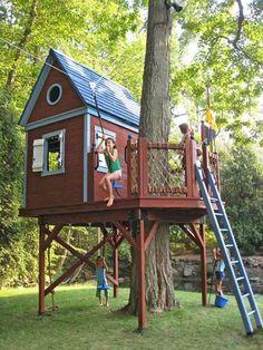 gemütliches-bauhaus-selber-bauen- kinder spielen - Baumhaus bauen – schaffen Sie einen Ort zum Spielen für Ihre Kinder!