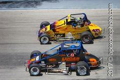 #SprintCarSaturday #POTD217 Brady Short 2 | Chris Windom 17 | 2007.04.22 | Winchester Speedway