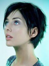 Natalie Imbruglia // One of the most exciting parts about growing out my hair is the chance to become Natalie Imbruglia.