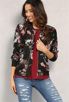 PEDIDOS SOLO POR #ENCARGO  #LookBookMayo2017  Código: PC-18 Lightweight Floral Print Bomber Jacket Color: Black  Talla: S-M-L Precio: ₡26.500  Whatsapp ☎ 8963-3317, escribir al inbox 🚚💨Envíos a todo el país. #MayaBoutiqueCR 💖