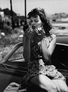 Milla Jovovich, Gorgeous ♥, by Peter Lindbergh for Vogue Italia 2000
