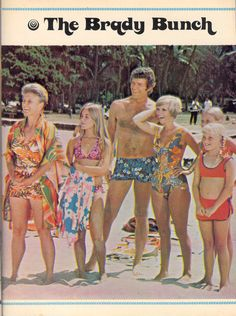 The Brady Bunch go to Hawaii. Find Tiki Necklace. Bad Luck. Meet Vincent Price. Go to a Luau. 1972