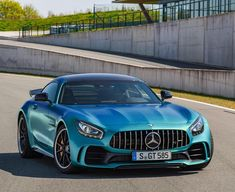 UK pricing for the Mercedes-AMG GT R comes in at an unexpected 143245 which equates to an estimated South African tag of R2777700. 5 units confirmed for SA so far but more may become available if demand is good enough to increase production  #SouthAfrica #MercedesAMG #GTR #MercedesBenzSouthAfrica