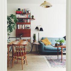 40+ Stunning Retro Living Room Decorating Ideas