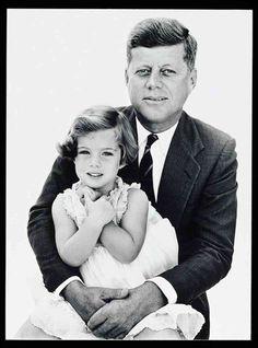 Caroline & John F. Kennedy (Photographer: Avedon)