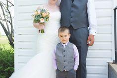 Prairie Lane Photography I Saskatchewan Wedding Photography Family Memories, Wedding Photography, Wedding Dresses, People, Fashion, Wedding Shot, Bridal Dresses, Moda, Bridal Gowns