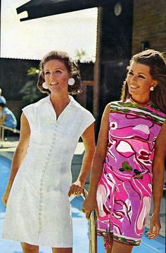 Sunny Griffin and Astrid Heeren model resort fashions by David Crystal at La Costa Resort and Spa in Carisbad, California. Vogue, January 1968.