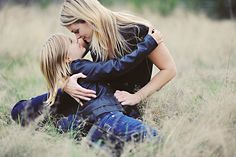 mother daughter photo, beautiful mother daughter, mom and little girl, family photo, outdoor family photo