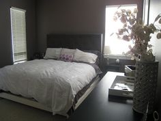 This bedroom is in Smoked Oyster from Benjamin Moore.  Love this colour!