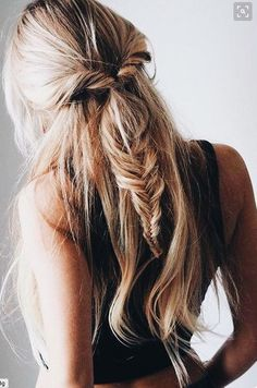 gorgeous fishtail and twist combo