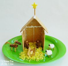 Away in a Manger Cookie House..super easy! Created by Kitchen Fun With My 3 Sons @Erika Vandiver