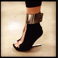 Shoe Pick of the Day: Roni MC Heels