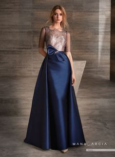Ideas wedding guest outfit long dress bridesmaid for 2019 Mode Outfits, Dress Outfits, Fashion Dresses, Bridesmaid Dresses, Prom Dresses, Formal Dresses, Bridesmaid Ideas, Elegant Dresses, Beautiful Dresses