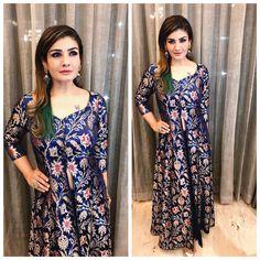 Raveena Tandon in Warp 'n Weft Handloom Khinkhwab Banarasi Jacket Indian Fashion, Womens Fashion, Fashion Trends, Indian Outfits, Color Trends, Fashion Dresses, Sari, Fashion Looks, Indian Wear