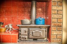 Cook the old fashioned way with this lovely Welcome Dover stove.