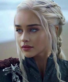 Queen Of Dragons, Mother Of Dragons, Beautiful People, Most Beautiful, Beautiful Eyes, Beautiful Pictures, Emilia Clarke Daenerys Targaryen, The White Princess, Blonde Lace Front Wigs