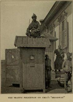 Police in Urgoo (Old Ulaanbaatar) 1921