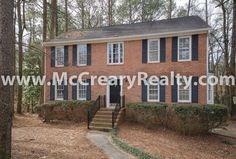 Classic 4 BR/2.5 BA 2-Story Traditional in East Cobb – Pope High!