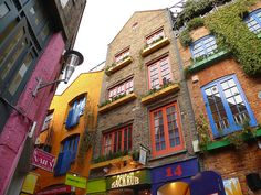 Neal's Yard - a hidden oasis in the center of London!