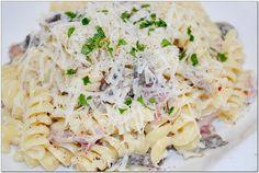 Pasta with ham and mushrooms Ham Pasta, Pasta Salad, Ham And Mushroom Pasta, Love Eat, Paste, My Recipes, Stuffed Mushrooms, Ethnic Recipes, Food Food