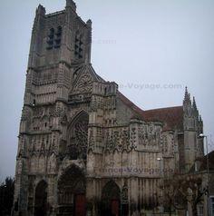 Auxerre : Cattedrale di Santo Stefano in stile gotico