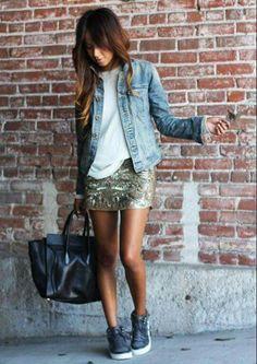 Outfit falda brillosa