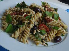 Gourmandises végétariennes: Mediterraner Nudelsalat
