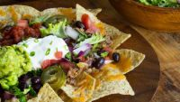 Read 21 Summery One-Bowl Dinner Recipes today. Be inspired and dig in to the recipes, guides and tips tricks and hacks on Food Network. Guacamole, Mcalister's Deli, Food Network Recipes, Cooking Recipes, Harissa Chicken, Bacon, Taco Ingredients, Noodle Bowls, Kale Salad