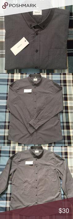 "Frank & Oak XXL Gray Cotton Plaid Dress Shirt NWT New with Tags. Gray plaid check design. Button front.  100% Cotton.  Chest: 44"" Neck: 18"" Arm: 36"" Frank & Oak Shirts Dress Shirts"