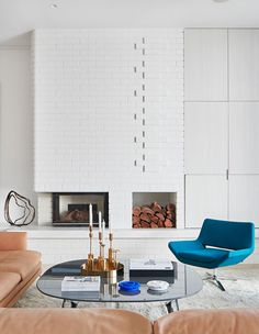 Mid Century Meets Modern, In This Thoughtfully Renovated Home (The Design Files) Gyeongju, Brick Fireplace Makeover, Fireplace Remodel, Modern Fireplace, Fireplace Ideas, Home Interior, Interior Architecture, Interior Design, Contemporary Architecture