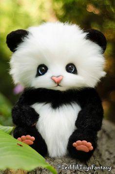 Panda May-Lun ,(made to order) Teddy Bear Stuffed Animal Bear Soft Toys Artist Teddy Bears Cute Panda Baby, Cute Panda Cartoon, Baby Panda Bears, Cute Baby Dogs, Baby Koala, Cute Wild Animals, Baby Animals Super Cute, Cute Little Animals, Cute Funny Animals