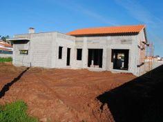 Moradia T3 em lote de 800 m2  Nadadouro Caldas da Rainha