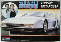 1/24 Monogram   Miami Vice Ferrari Testarossa