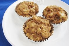 Best Low-Calorie Recipes on the Net (September 2013 Edition): Apple Oatmeal Muffins recipe by @snack . Girl