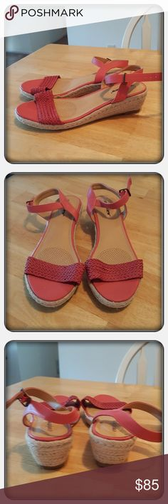 NWOB Woman's Coral Sandals Sz 10M Brand New Never Worn Woman's Coral Colored Sandals Sz 10M By Woman Within Brand Is Comfortview. These Cute Sandals Are Very Comfortable With New Memory Foam Technology Footbeds Excellent Condition Great For Spring And Summer 🚫 PAYPAL 🚫 TRADES 🚫 OFFERS PRICE IS FIRM ❤ Woman Within Shoes Sandals