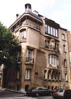 Another photo from the house that Guimard built for himself and his American wife, the painter Adeline Oppenheim - Paris