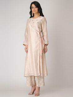 Best womens fashion for work summer classy shirts 35 Ideas Salwar Designs, Kurta Designs Women, Blouse Designs, Trendy Dresses, Fashion Dresses, Casual Dresses, Boho Outfits, Dress Outfits, Indian Designer Wear