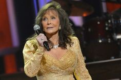 Loretta Lynn on Donald Trump Protests: 'March If You Want to, But Do It With Class'