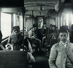1908Osmanlı'da 3. Sınıf Tren Vagonu
