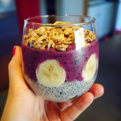 Chia pudding parfait  A great way to start the day  #healthy #breakie #morning #vegan #granola #chia #chiapudding #smoothiebowl #breakfast #goodmorning #ilovecooking #nomnom #eeeeeats #feedfeed #eatfamous #forkyeah #f52grams #huffposttaste #eaterla #hungryinla #dailyfoodfeed #infatuationla #feedyoursoull #foodporn #foodlover #delish #instafood #готовимдома #мирдолжензнатьчтояем by karina_cooks