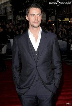 Matthew Goode - Tall, Dark and British Matthew William Goode, Mathew Goode, Beautiful Men, Beautiful People, A Discovery Of Witches, Under The Shadow, Ben Barnes, Mens Fashion Suits, British Actors