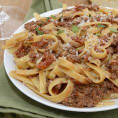 Φετουτσίνι με τη πιο νόστιμη σάλτσα μπολονέζ | Συνταγές - Sintayes.gr