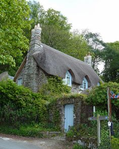 thatched cottage on 'greenway' quay, overlooking the River Dart, Devon, England. Fairytale Cottage, Storybook Cottage, Garden Cottage, Cottage Homes, Cottages England, Little Cottages, Cabins And Cottages, English Country Cottages, English Countryside