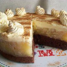 Delikátna jablková torta s mascarpone krémom